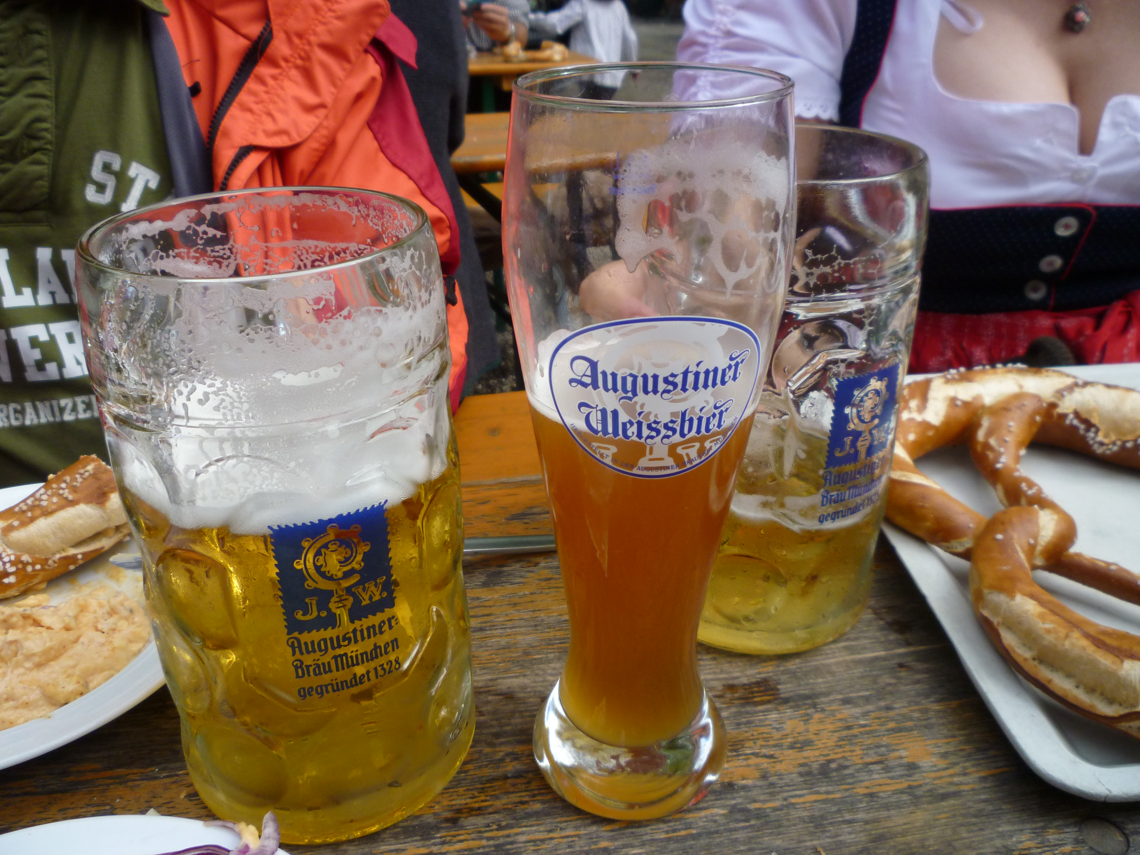 A Londoner from Afar Goes to Munich1 - Oktoberfest food
