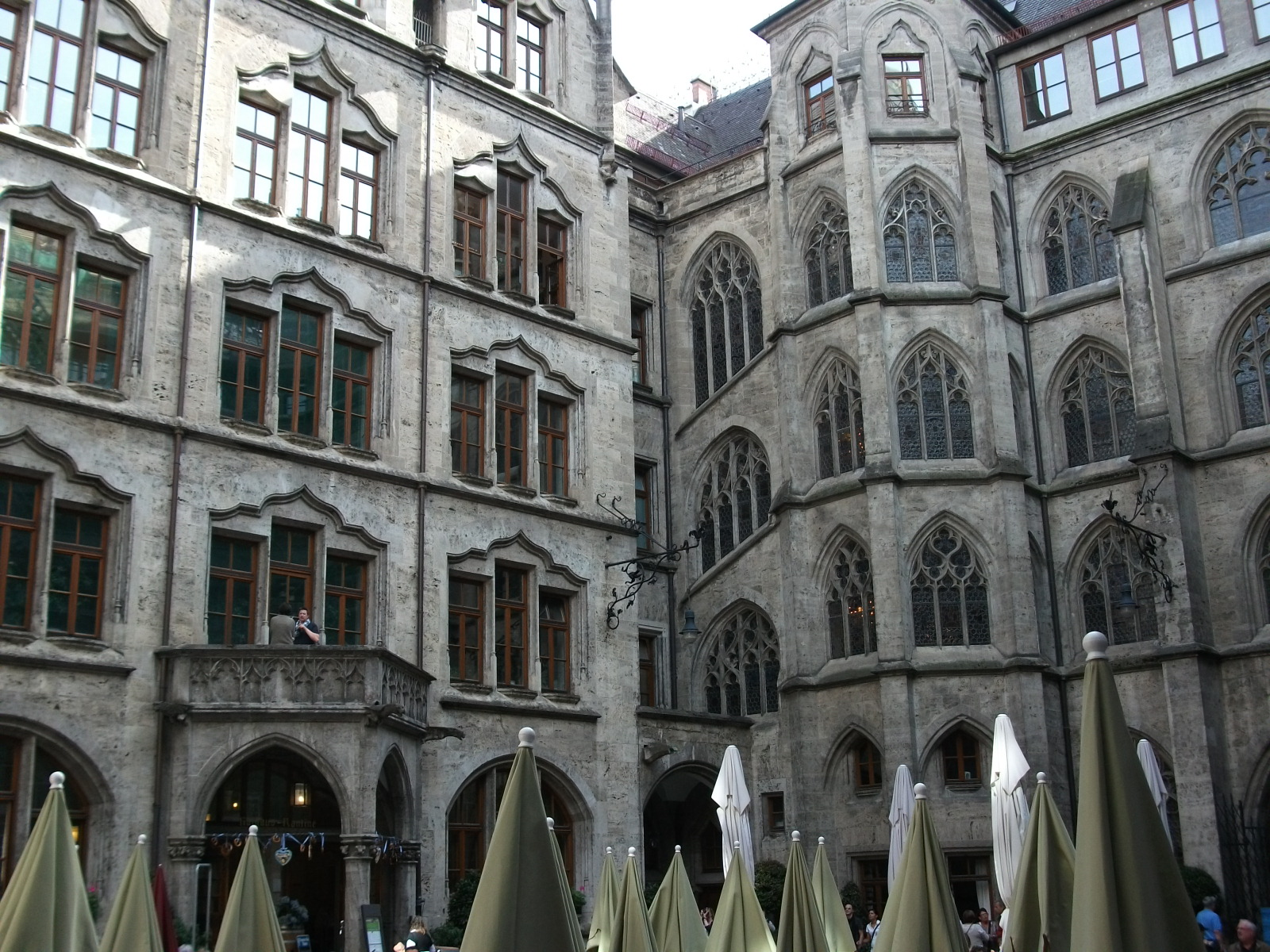 A Londoner from Afar Goes to Munich1 - Old Rathaus