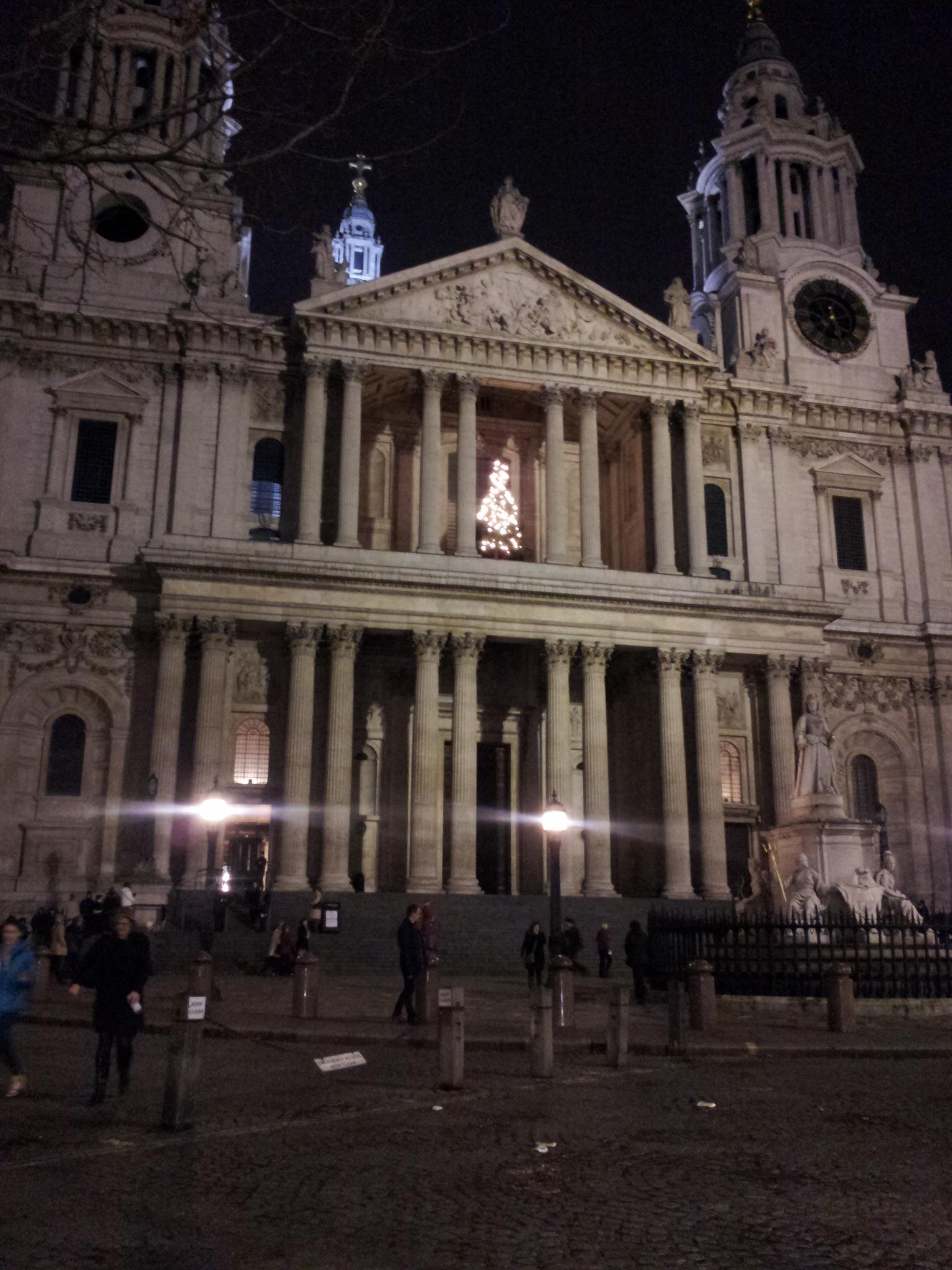 Christmas Carols at St Paul's Cathedral