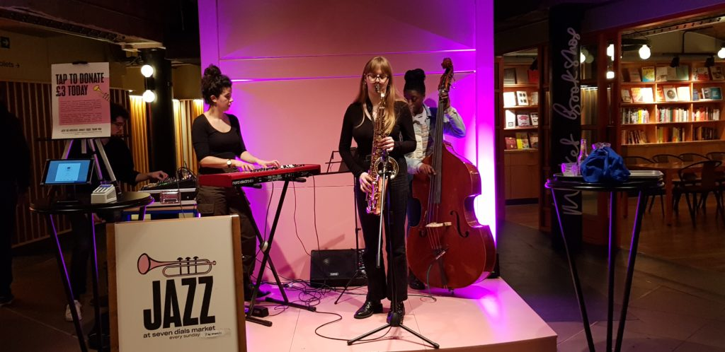 All-women jazz band in Seven Dials Market